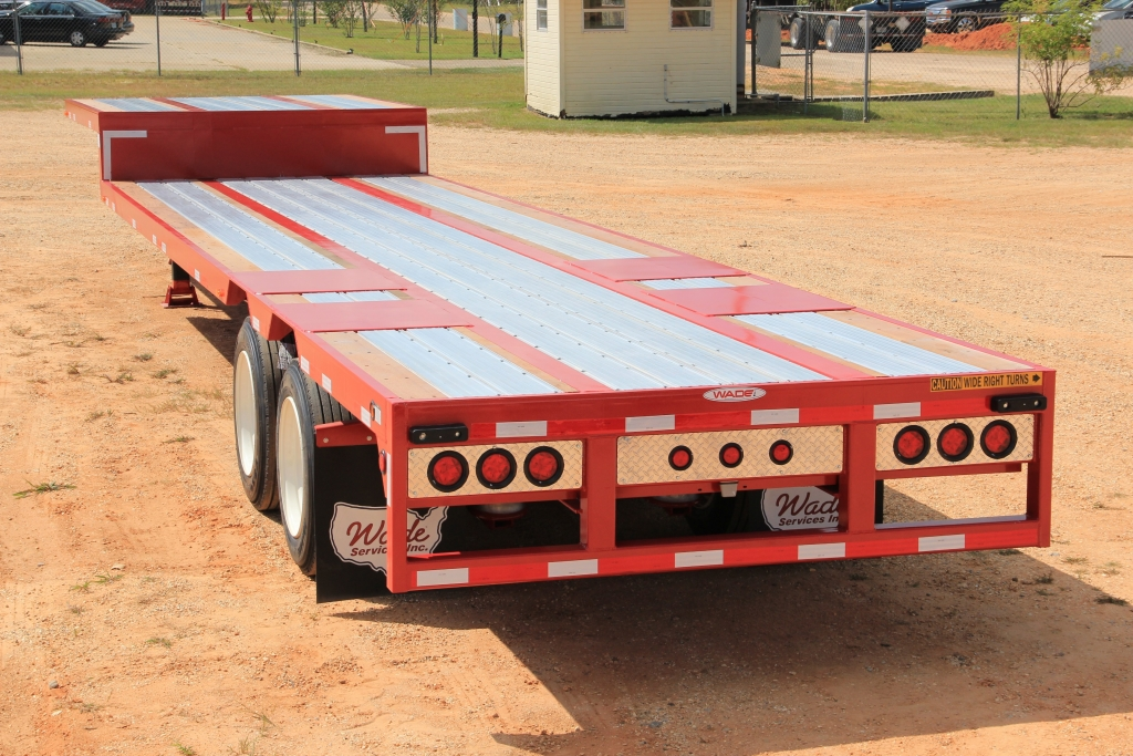 Aluminum/Steel Combo Drop Deck Turkey Trailer before cages are mounted.